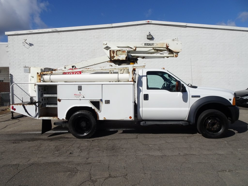 Pre-Owned 2006 Ford F-450SD XLT