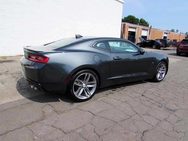 New 2018 Chevrolet Camaro 2lt 2d Coupe In Madison 103143