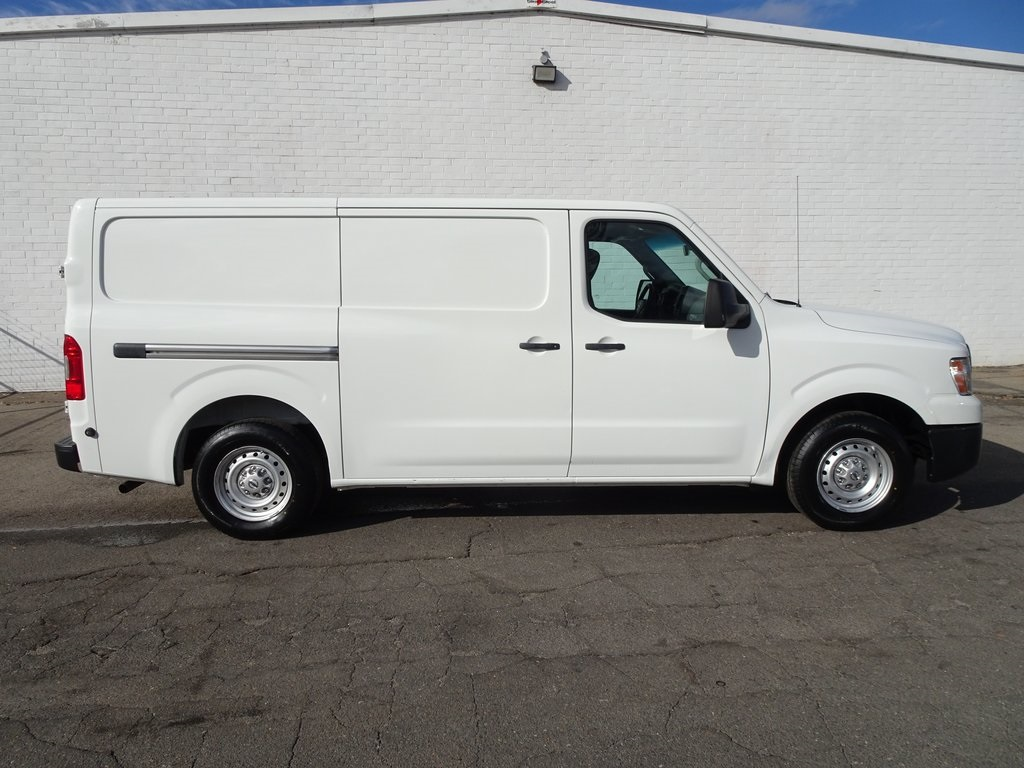 Pre-Owned 2014 Nissan NV2500 HD S