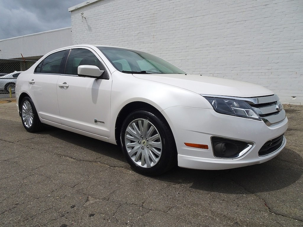 Pre Owned 2010 Ford Fusion Hybrid Base