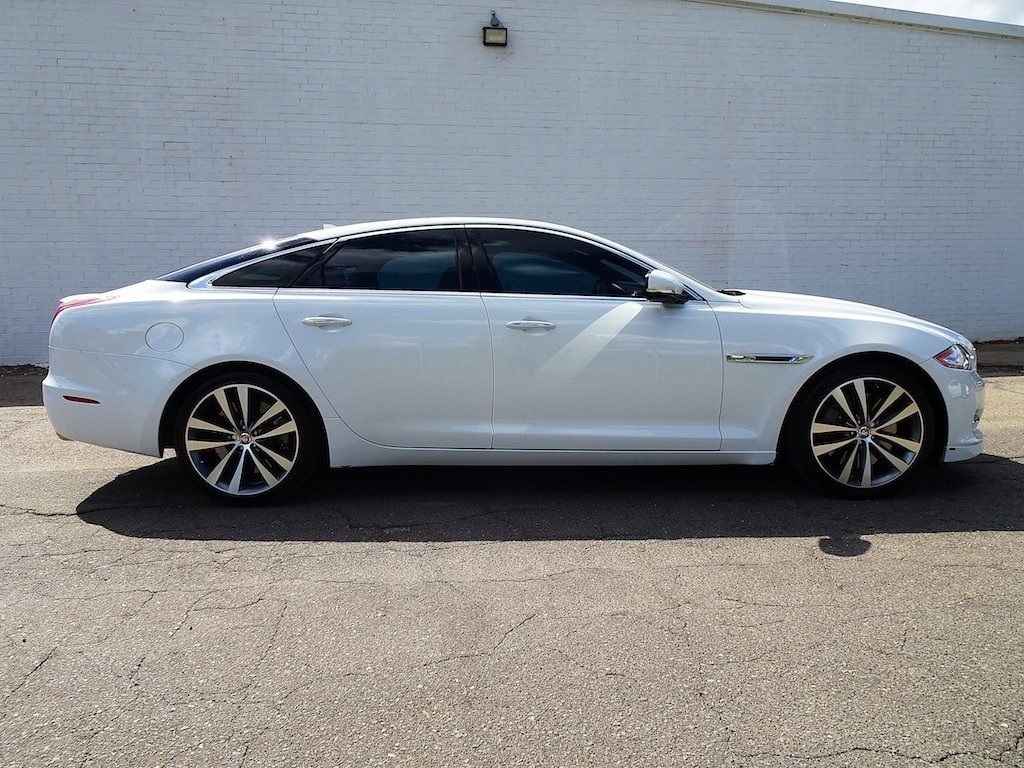 Pre-Owned 2015 Jaguar XJ Supercharged